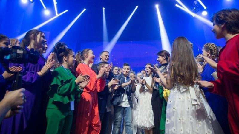 Марина Порошенко відвідала генеральну репетицію фіналістів конкурсу «Яскраві діти України» (фото)