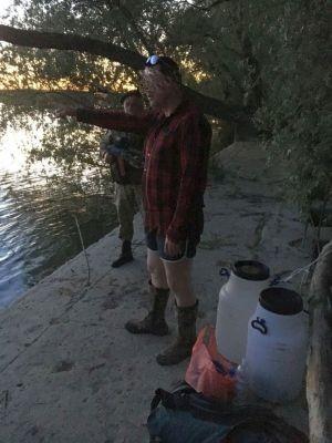 Громадянин Норвегії на пластикових бочках намагався перетнути українсько-румунський кордон річкою Дунай