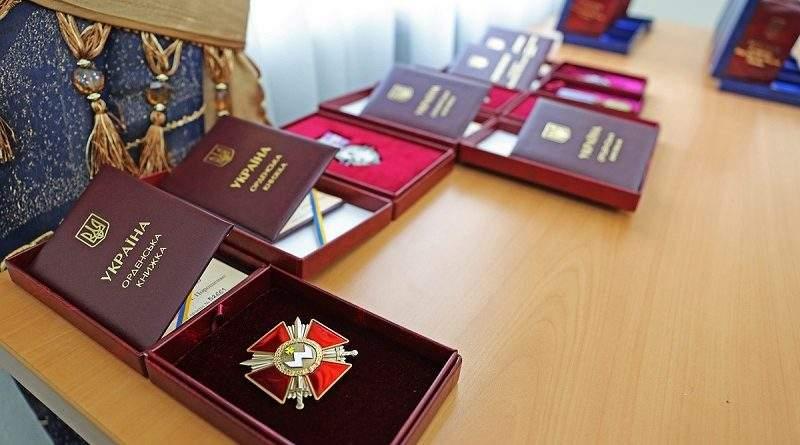 1650 військовослужбовців, які несуть службу в районі АТО, нагороджено за рішенням Міністра оборони України