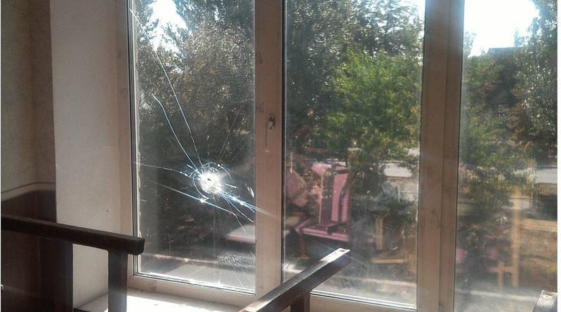 Українська сторона СЦКК: НЗФ ОРДО обстріляли житлові квартали та школу Мар'їнки