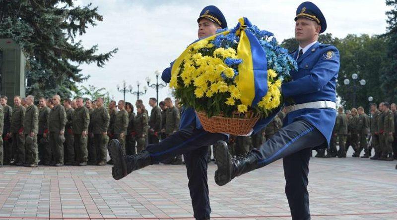 Біля Верховної Ради увічнили пам'ять нацгвардійців, які віддали свої життя 31 серпня 2015 року (фото)