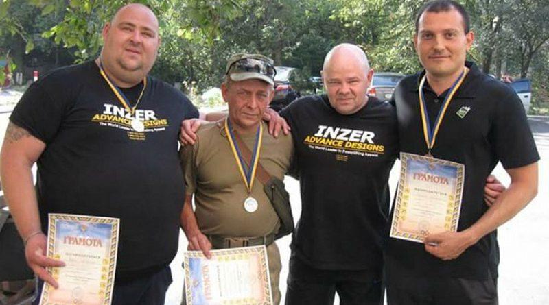 Маріупольські гвардійці перемогли в змаганнях з пауерліфтингу