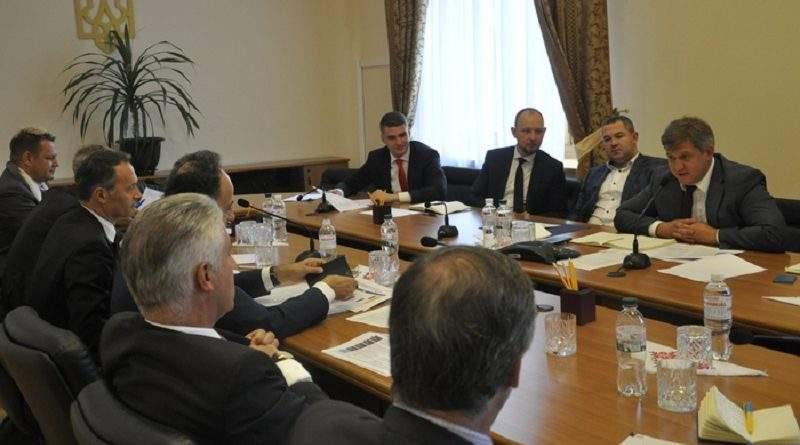 Канада, МВФ, ЄБРР, ЄС та США консультуватимуть Мінфін у реформі Державної фіскальної служби (фото)