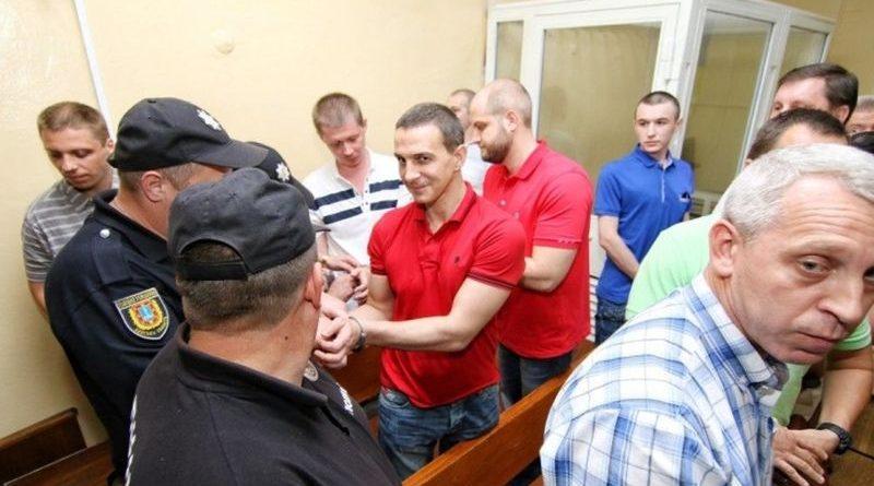 Ми не дамо уникнути відповідальності людям, які хотіли принести війну в Одесу - Луценко