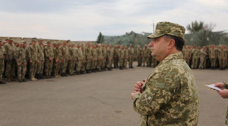 Вперше у цьому місяці військовослужбовці отримають грошову винагороду збільшеного розміру за участь в АТО