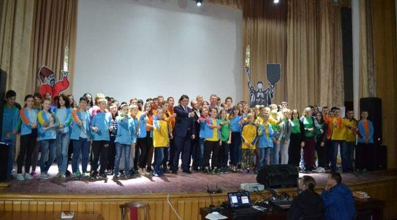 За підтримки Мінмолодьспорту 100 дітей зі Сходу України відвідають футбольний матч Україна-Хорватія (фото)