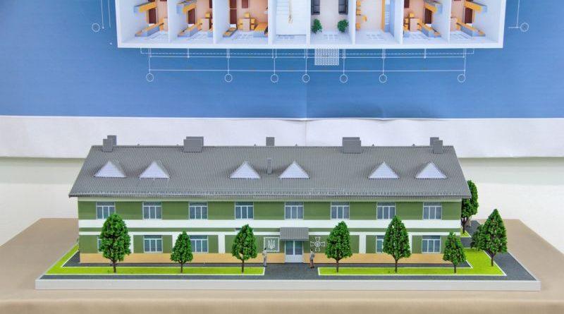 «За два роки плануємо збудувати житло нового типу для понад 22 тисяч контрактників» - Степан Полторак (фото)