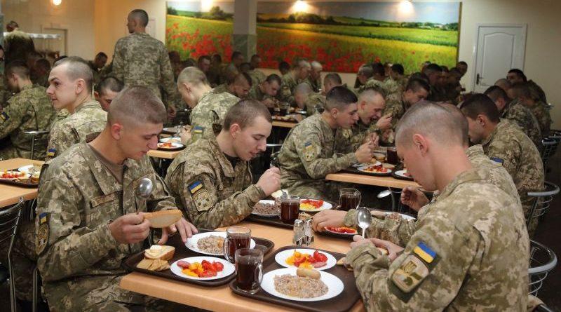 У Національному університеті оборони України запроваджено нову систему харчування (фото)