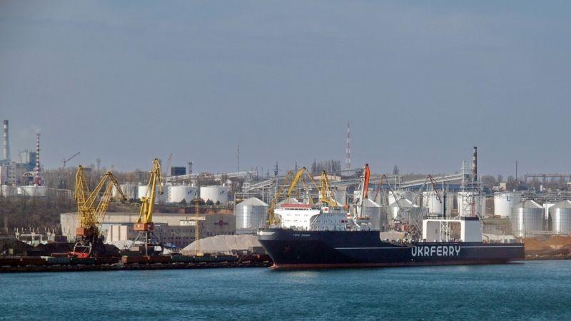 Україна запустить паромне постачання вантажів в Грузію в обхід Росії (відео, інфографіка)