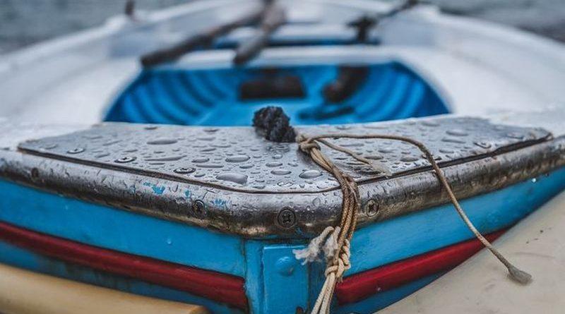 На Канівському водосховищі тривають пошуки зниклих рибалок