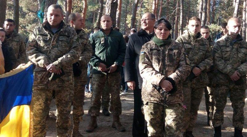На Луганщині вшанували загиблих героїв — захисників України (фото)
