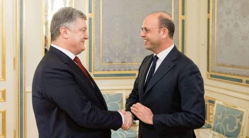 Президент України провів зустріч з Міністром закордонних справ Італії, діючим головою ОБСЄ (фото)
