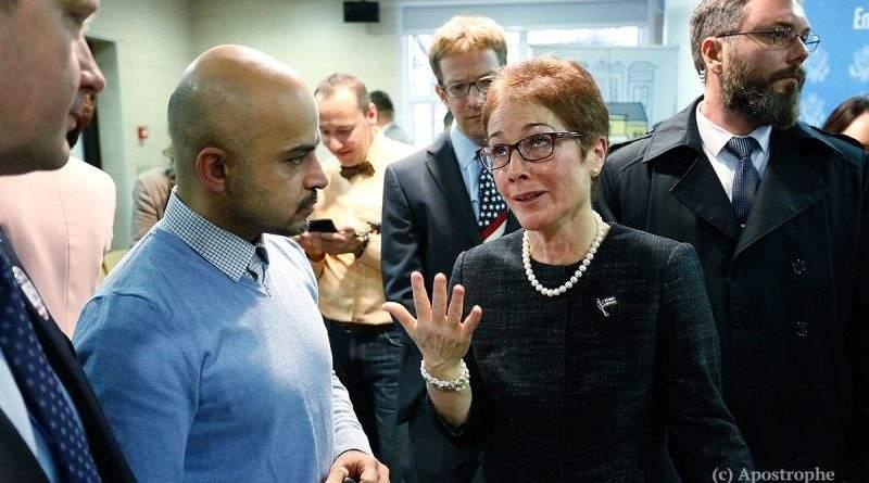 """Посол США Мари Йованович и ее """"герои-антикоррупционеры"""""""