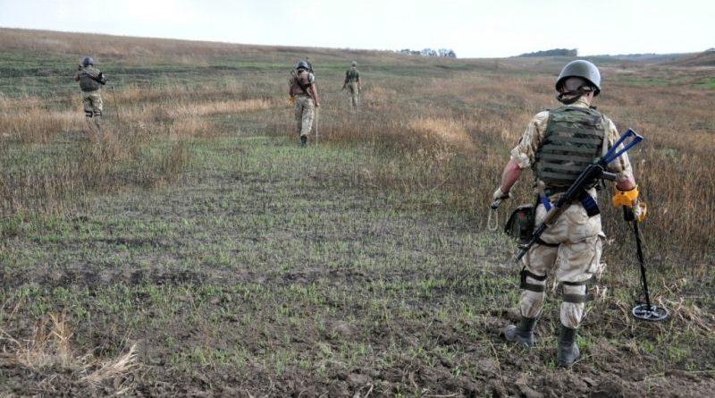 На початок року групи розмінування розмінували майже 26 тисяч гектарів території на сході України