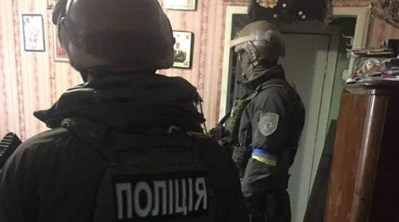 У Києві затримали осіб, яких підозрюють у збройному опорі поліцейським Дніпра (фото)