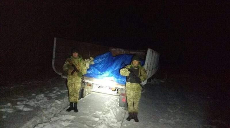 Трактором українець намагався перевезти до Росії понад 3 тонни м'яса (фото, відео)