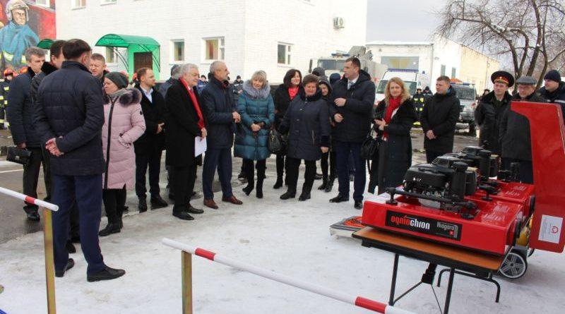 В рамках «Польської допомоги» рятувальники Рівненщини отримали сучасне аварійно-рятувальне обладнання (фото)