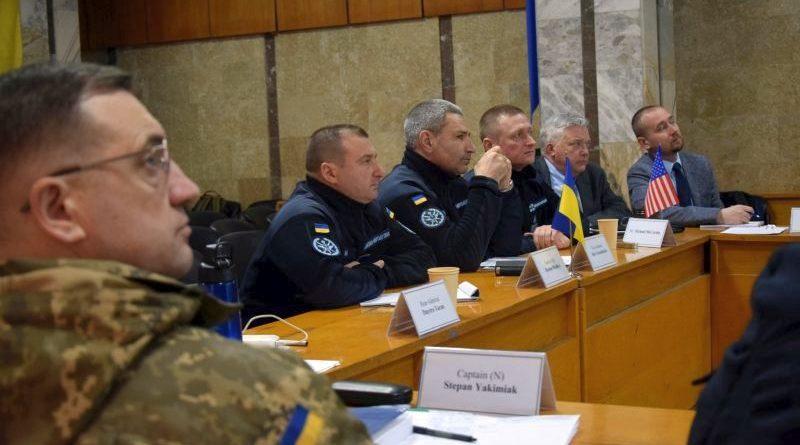 Військові моряки провели робочу зустріч з іноземними фахівцями (фото)