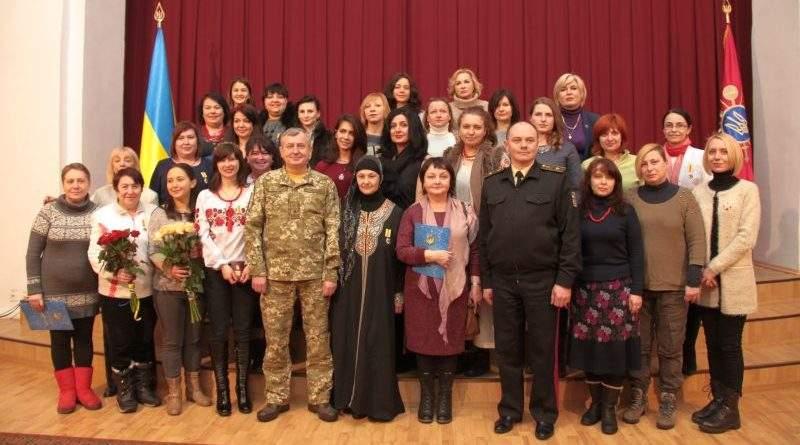 У Головному військовому клінічному госпіталі нагородили жінок-волонтерок (фото)