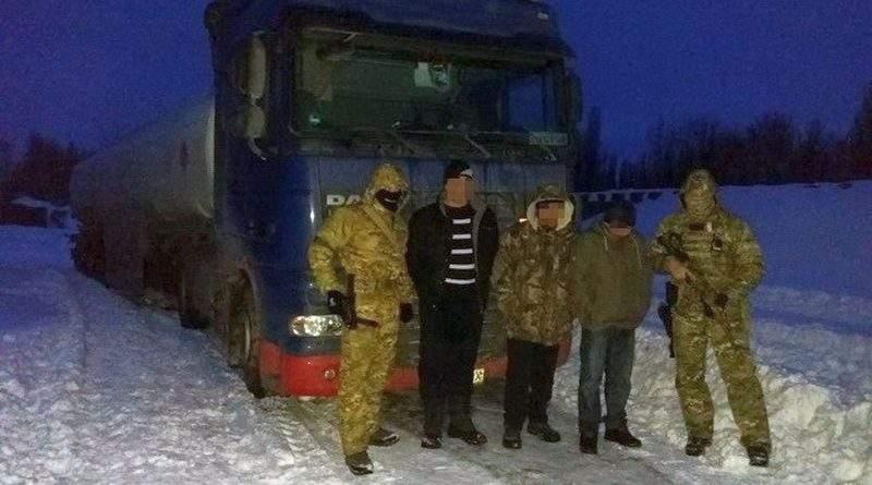 СБУ блокувала розкрадання сировини з нафтопроводів у кількох областях України (фото)
