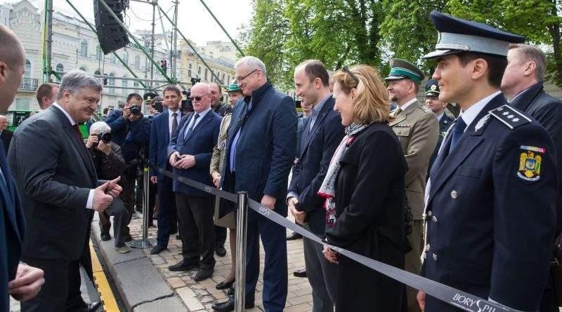 Президент прийняв участь в урочистостях з нагоди 100-річчя створення Прикордонної служби України (фото, відео)