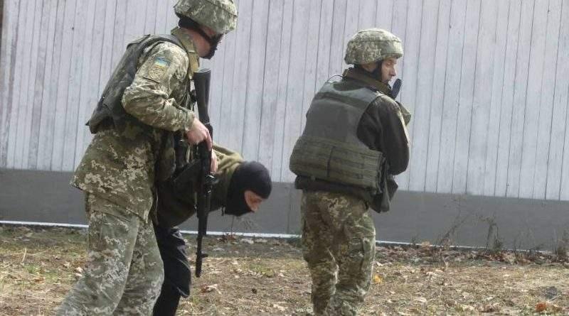 Озброєння ЗС України: уніфіковано підходи щодо охорони та оборони об'єктів баз, складів та арсеналів (фото)