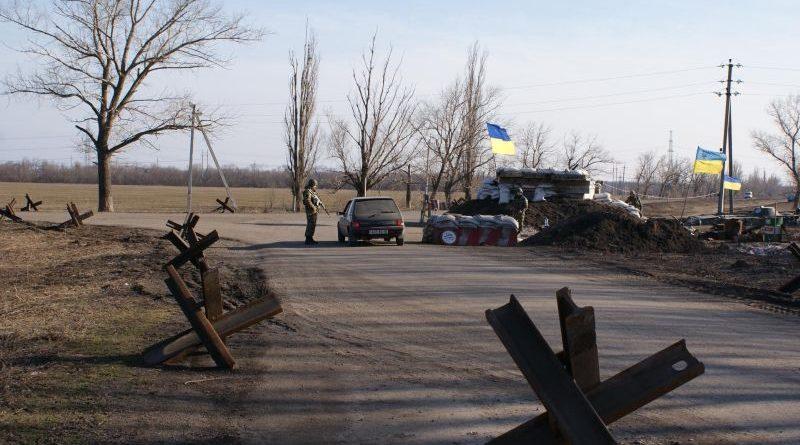 Російсько-окупаційні війська застосували танки поблизу КПВВ «Гнутове»