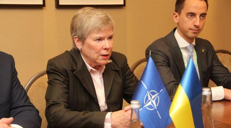 Генерал-лейтенант Анатолій Петренко провів зустріч із заступником Генерального секретаря НАТО Роуз Геттемюллер