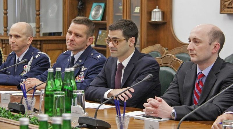 Відбулась зустріч керівництва Міноборони із заступником Міністра оборони США з питань міжнародної безпеки (фото)