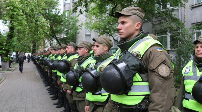 У Великодню ніч правопорядок в Україні забезпечуватимуть близько 22 тисяч правоохоронців (фото, відео)
