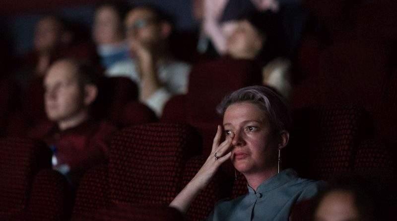 Марина Порошенко відвідала допрем'єрний показ фільму «Як тебе звати?» про дітей-переселенців (фото)
