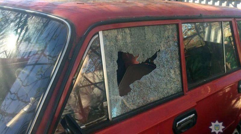 В Мар'їнці пошкоджено приватні будинки і лікарню (фото)