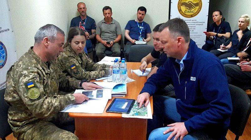 Командувач ОС Сергій Наєв зустрівся з першим заступником Голови моніторингової місії ОБСЄ Олександром Хугом