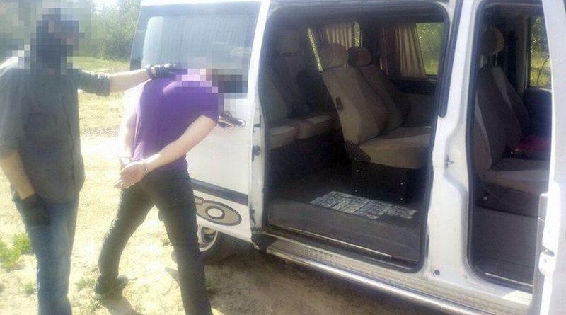 На Київщині СБУ затримала на хабарі власного співробітника