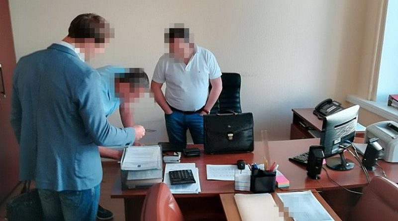 СБУ викрила на хабарах керівництво «Хліб України» (фото)
