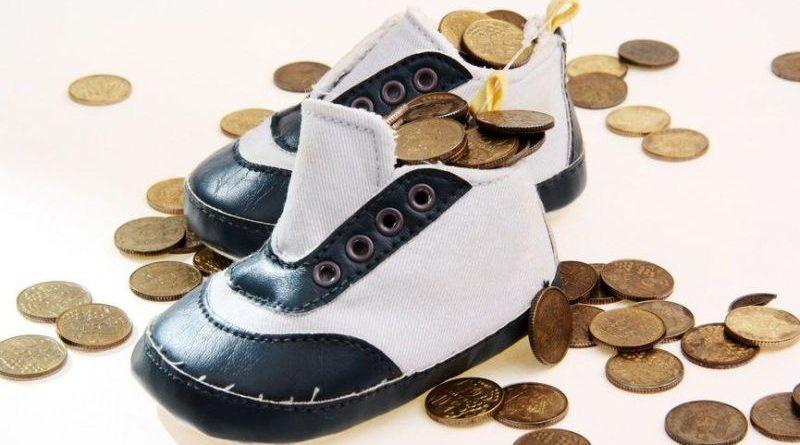 #ЧужихДітейНеБуває: Рада ще більше ускладнює життя злісним неплатникам аліментів