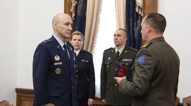 Заступник Міністра оборони України з питань євроінтеграції зустрівся з представником Командування ЗС США в Європі