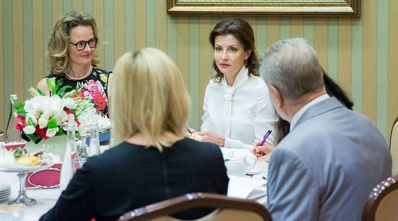 Марина Порошенко та Принцеса Ліхтенштейна Софі обговорили допомогу українцям по обидві сторони лінії зіткнення