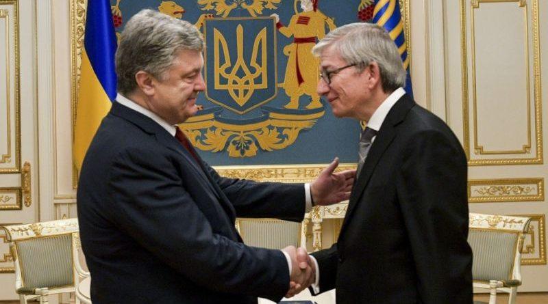 Президент України провів зустріч з Президентом Світового Конгресу Українців (фото)