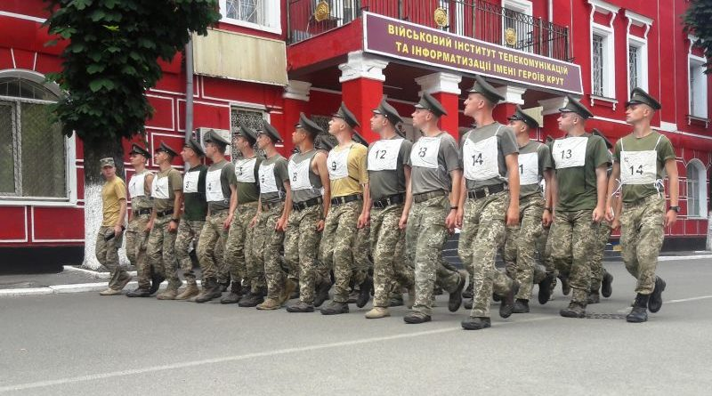 Триває підготовка курсантів до параду військ у День незалежності України (фото)
