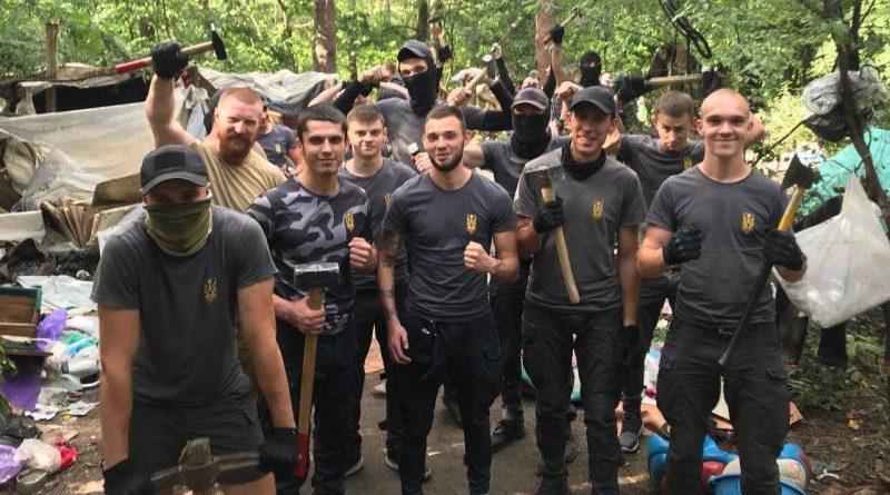 """Щоб кремлівській міф про """"фашизм на Украінє"""" не став реальністю"""