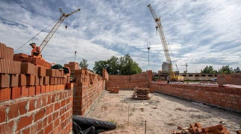 База 95-й ОДШБр в Житомире строится полным ходом