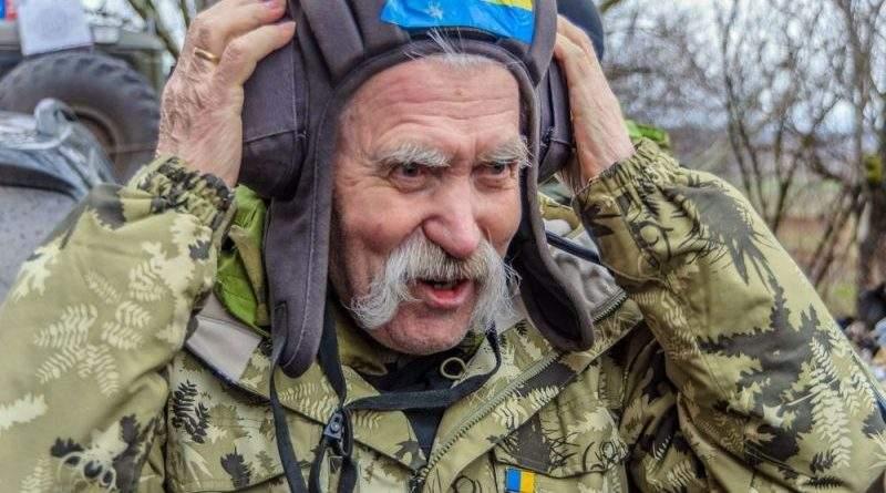 Помер Левко Лук'яненко