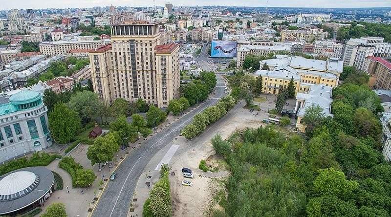 «Безкомпромісний прокурор» заборонив будівництво меморіалу на Алеї Героїв Небесної Сотні