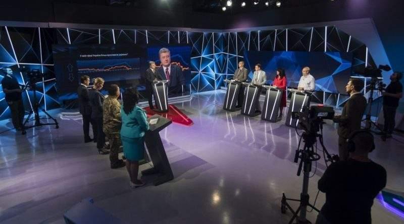 Петро Порошенко в ефірі програми «Свобода слова» на телеканалі ICTV (фото, відео)