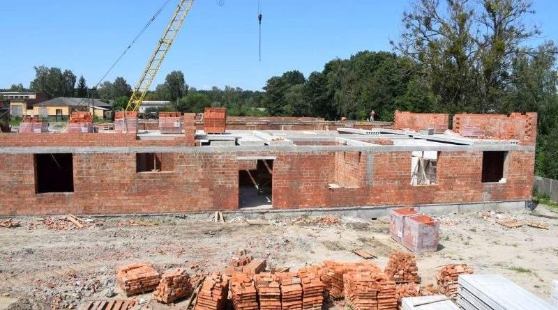 У Житомирі та Рівному триває будівництво житла для десантників (фото)