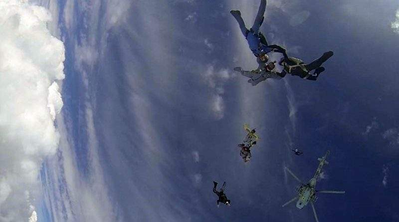 Змагання на кращу парашутну команду серед Сил спеціальних операцій (фото, відео)