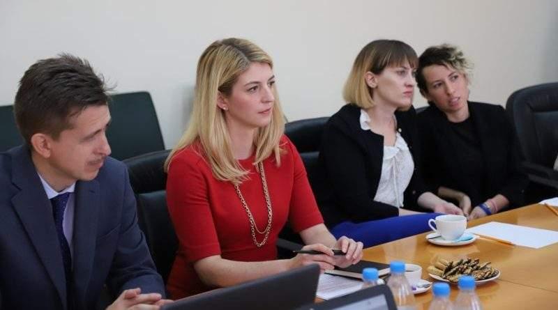 Заступник Голови ДПСУ В.Серватюк зустрівся з керівником відділу з правоохоронних питань Посольства США С.Холмс