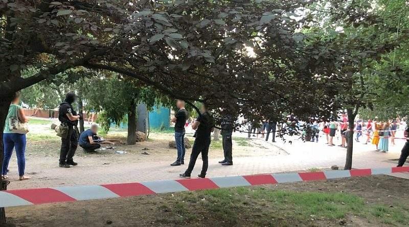 Правоохоронці запобігли вибухові у центрі Одеси (фото, відео)