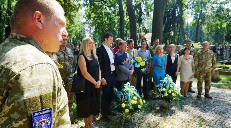 Військовослужбовці ЛИТПОЛУКРБРИГ відзначають День Збройних Сил Республіки Польща (фото)